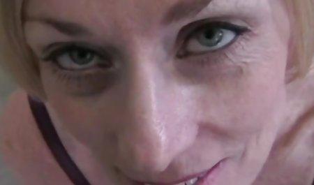 Jembut tebal hot orang latin sepong pukas bokep movie xxx dihancurkan oleh lebih Tua Putih penis